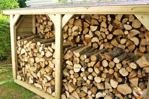 Bien stocker son bois, un levier pour réduire ses consommations
