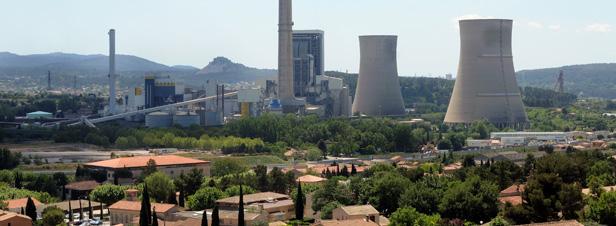 Centrale de production électrique de Gardanne dont une des 4 tranches devrait être alimentée en bois-énergie pour une puissance de 150 MWé et 855 000 tonnes de bois par an. Crédit photo : E.ON